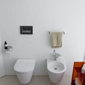 AP01_K34_KbyL_Press_withe_WC_bidet_TopView_TF_Press